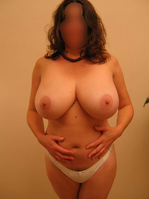 Flat chested naked milf